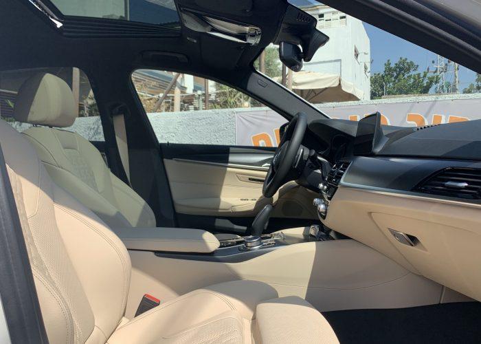 במוו E 530 e M-SPORT לבן 2021 קניית רכב חדש 0 קמ