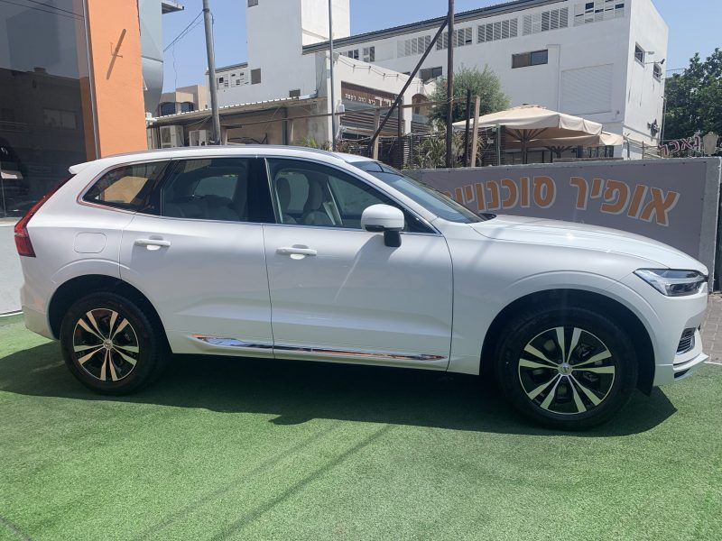 וולוו XC60 אקספריישן לבן 2021 קניית רכב חדש 0 קמ