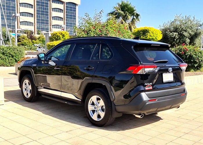 טויוטה ראב 4 XLE שחור 2021 קניית רכב חדש