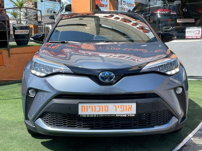 חזית הרכב טויוטה C-HR STYLE אפור מטאלי 2021 קניית רכב חדש 0 קמ