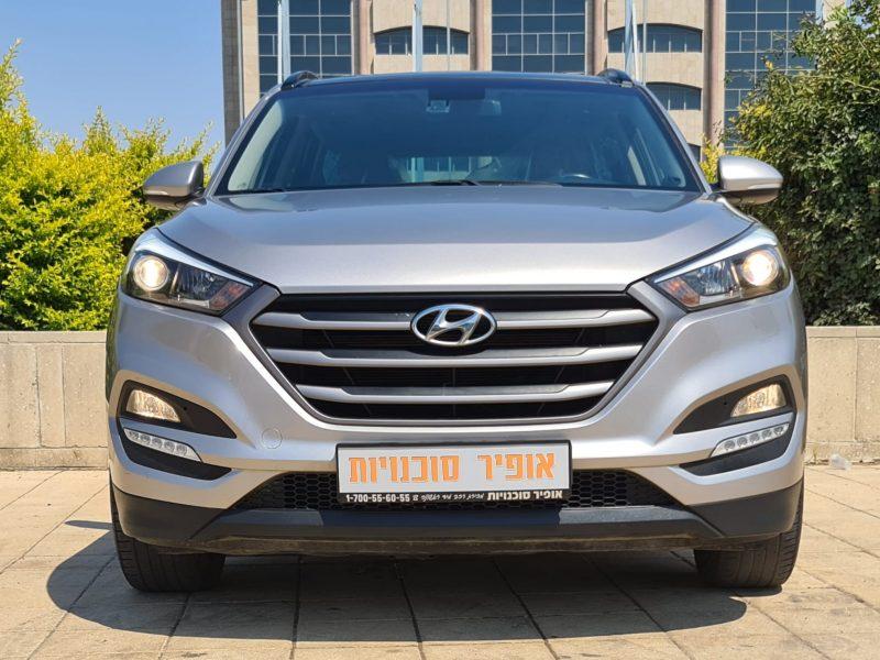 חזית הרכב יונדאי טוסון PANORAMIC זהב 2018 קניית רכב יד 2