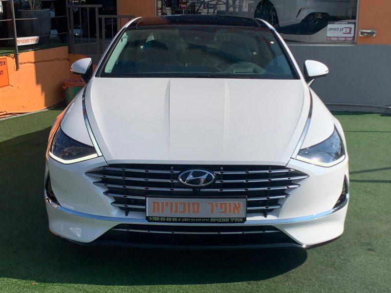 חזית הרכב יונדאי סונטה היברידי LIMITED לבן פנינה 2021 קניית רכב חדש