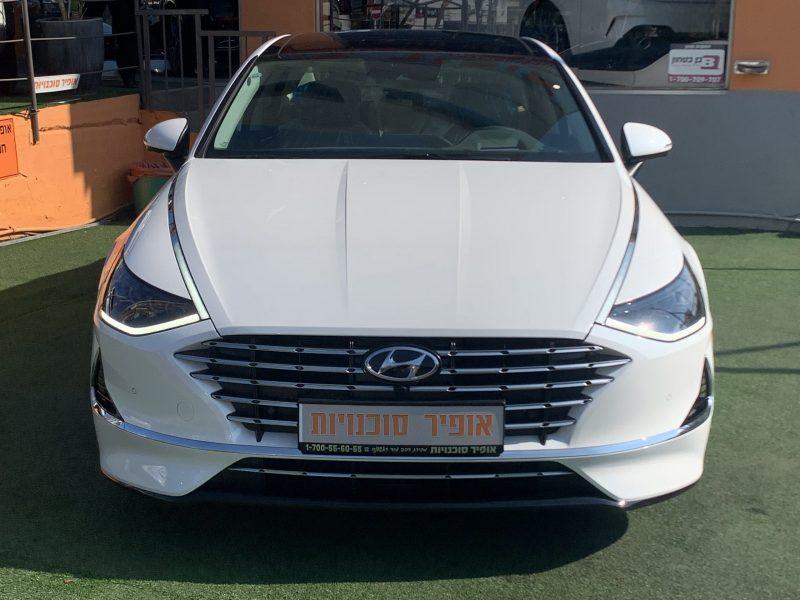 חזית הרכב יונדאי סונטה היברידי LIMITED לבן פנינה 2021 קניית רכב 0 קמ