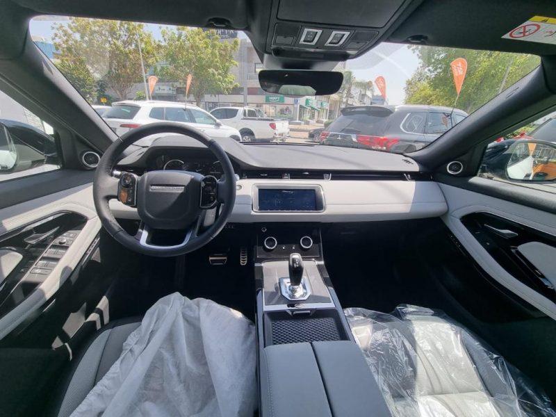 לנד רובר איווק R-DYNAMIC לבן 2021 רכבי יוקרה (3)