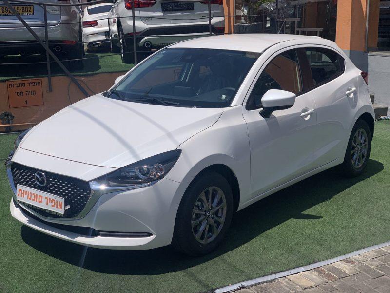 מאזדה 2 דינמייק לבן פנינה 2021 קניית רכב 0 קמ