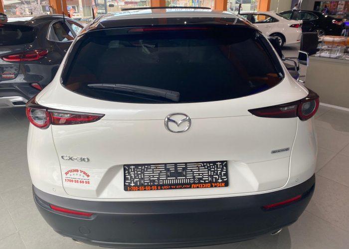 מאזדה CX30 אקזקיוטיב לבן פנינה 2021 (4)