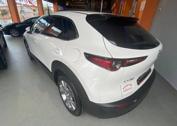 מאזדה CX30 אקזקיוטיב לבן פנינה 2021 (5)