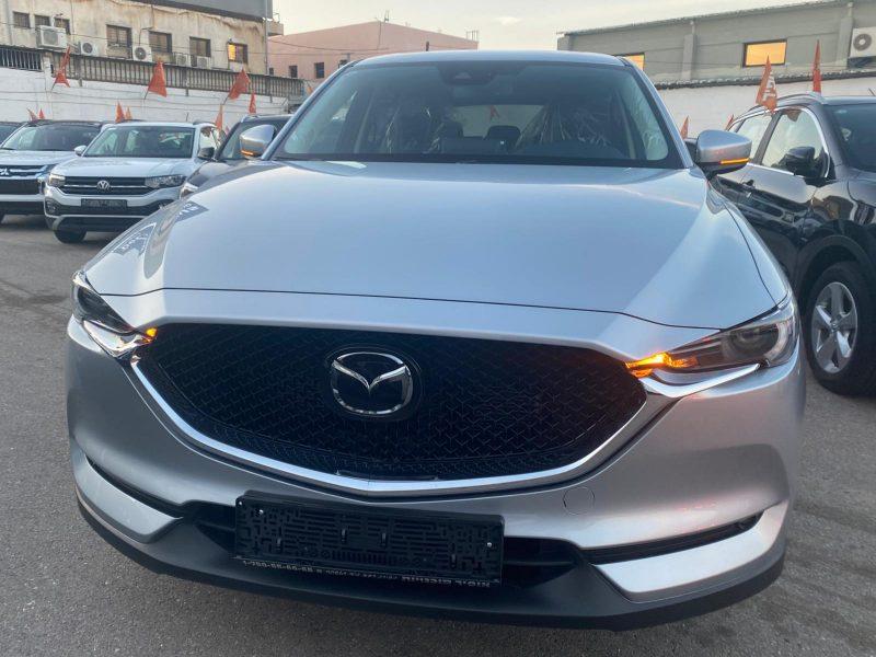 חזית הרכב מאזדה CX5 EXECUTIVE כסף מטאלי 2021 קניית רכב חדש