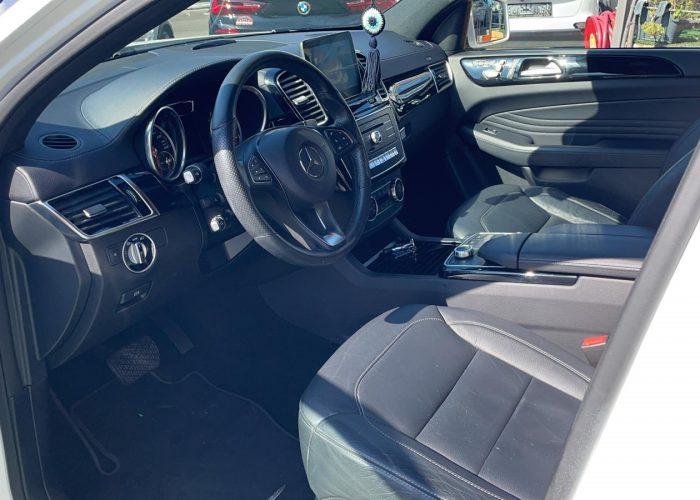 צילום פנים הרכב מושב קידמי מרצדס GLE 400 AMG COUPE לבן 2017 קניית רכבי יוקרה יד 2