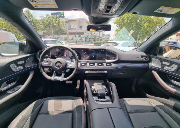 צילום פנימי של הרכב מרצדס GLE-53 קופה AMG לבן פנינה 2021 רכבי יוקרה 0 קמ