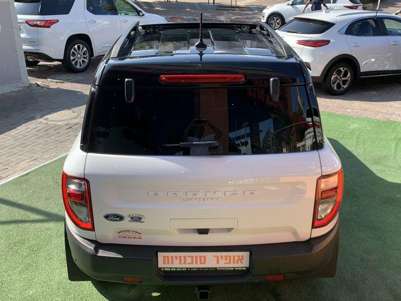 פורד ברונקו OUTER BANKS לבן 2021 קניית רכב 0 קמ