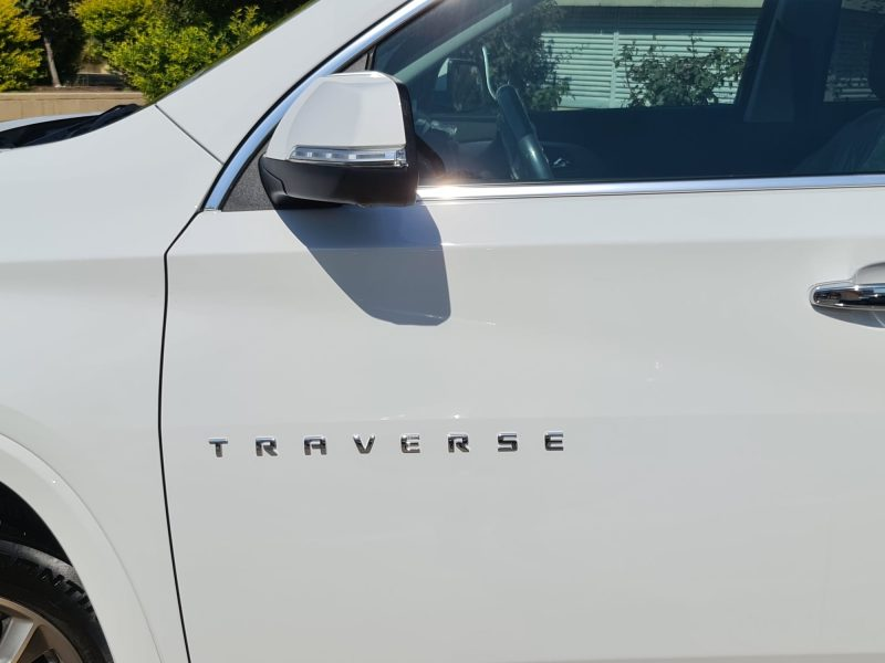 שברולט טרוורס החדשה PREMIER 4X4 לבן 2021 קניית רכב 0 קמ