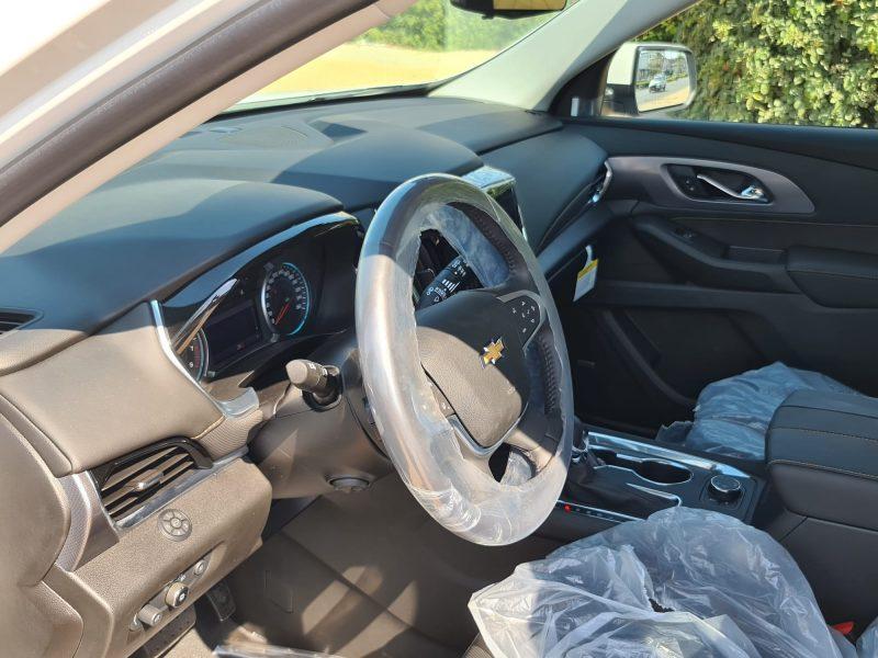פנים הרכב שברולט טרוורס החדשה PREMIER 4X4 לבן 2021 קניית רכב 0 קמ