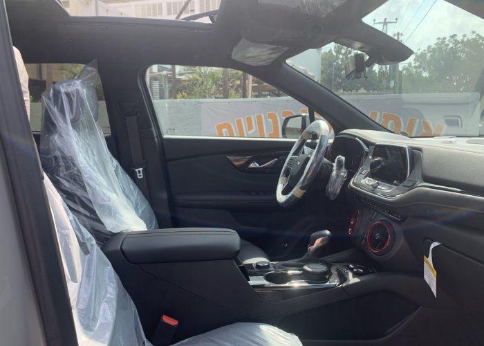 פנים הרכב מושב קדמי שברולט טרייל בלייזר RS בז 2021 קניית רכב 0 קמ