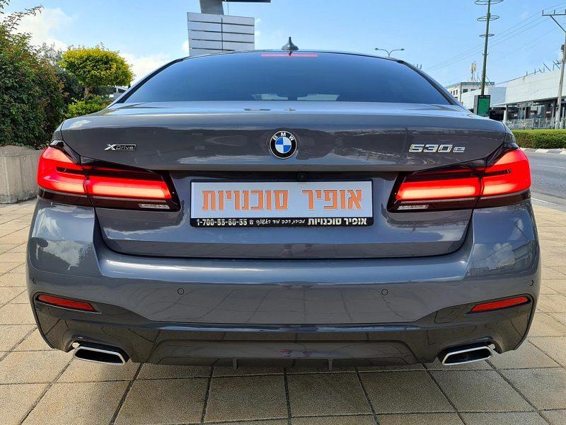צילום אחורי של הרכב במוו E530 M-SPORT צבע אפור בטון שנת 2021