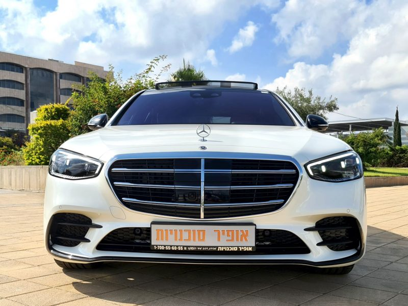 MERCEDES AMG S-500 white front 2
